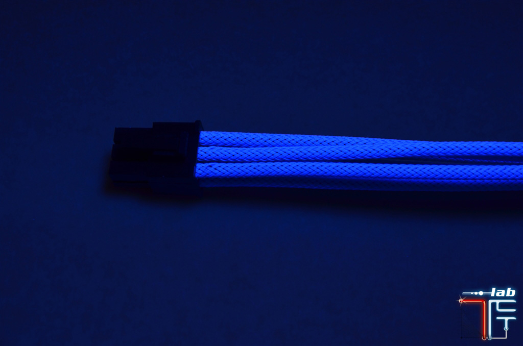 Sleeved Cable UV blue