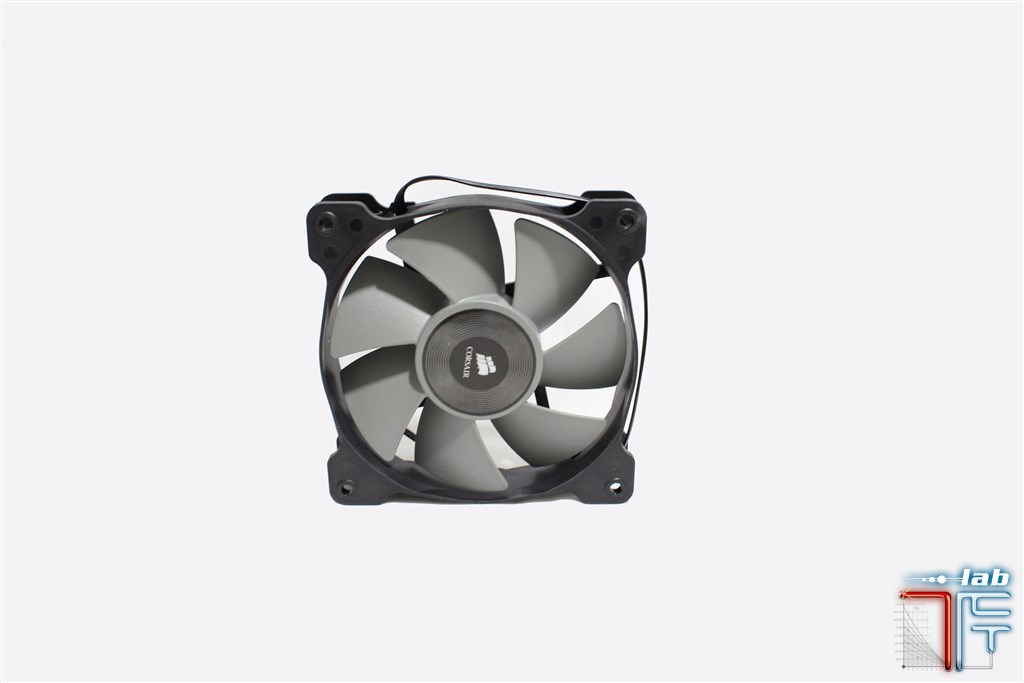 corsair-h105-fan-side