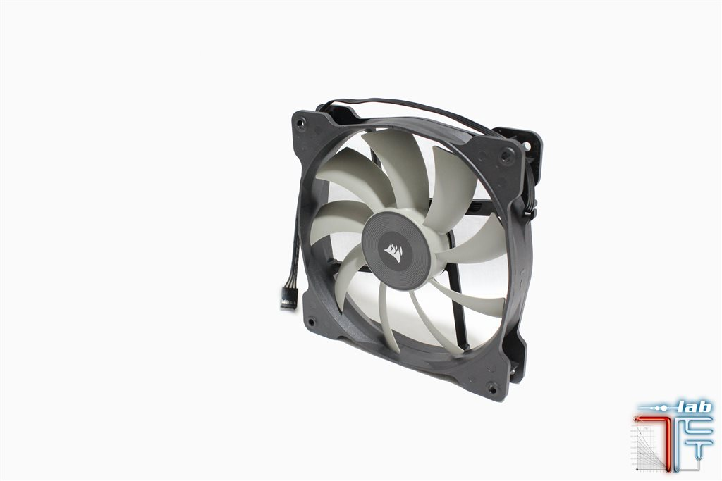 corsair h115i fan1