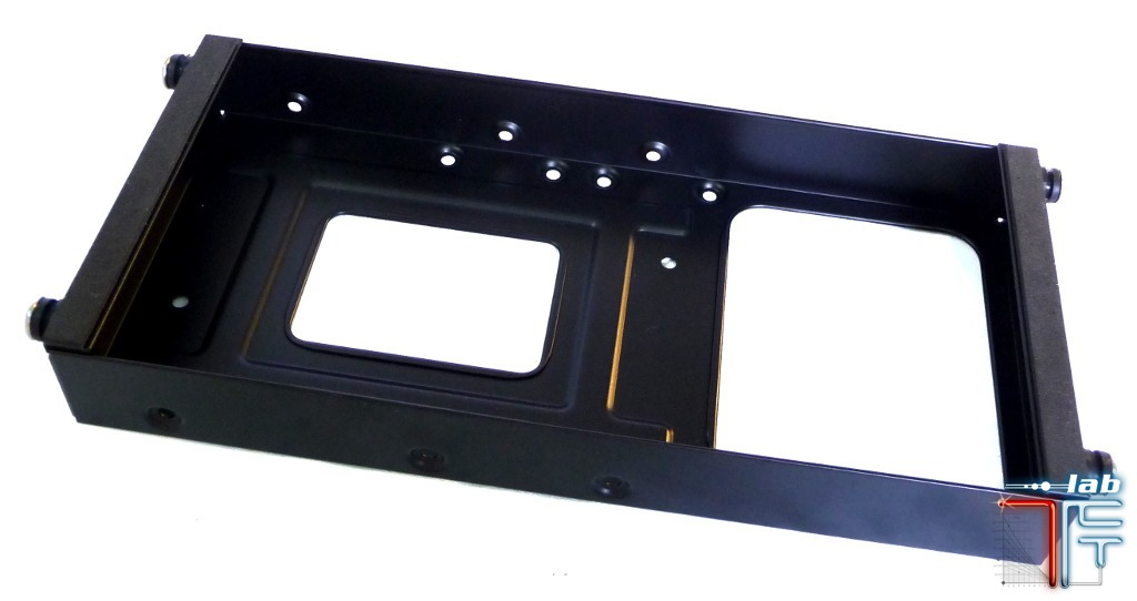Antec ISK 600 inside hdd tray