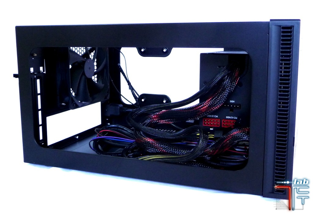 Antec ISK 600 integration psu 1