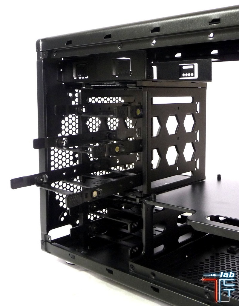 bitfenix colossus hdd rack reverse 1