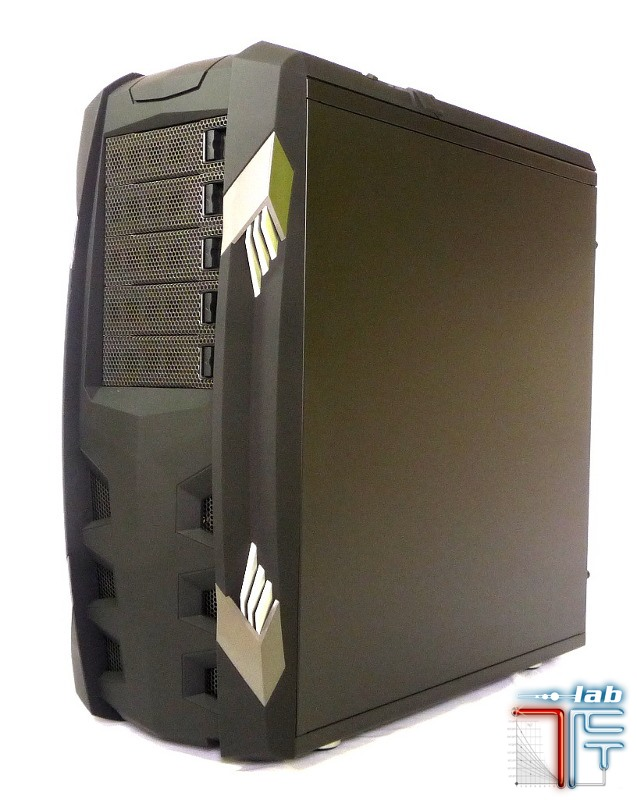 Raidmax Vampire case right 45 2