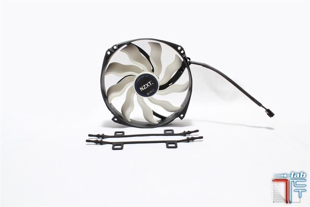 havik140-fans-mounted