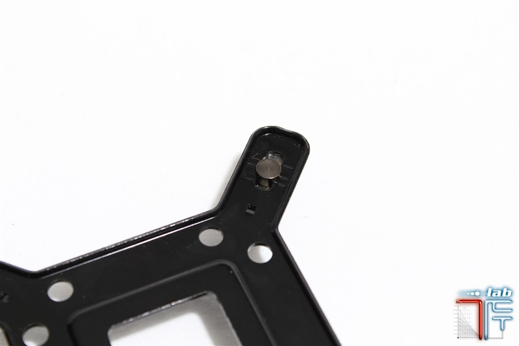 cryorig r1 backplate2
