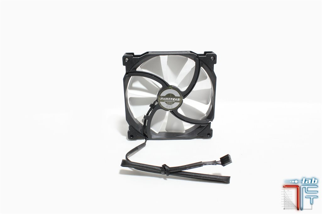 phanteks f140xp fan3
